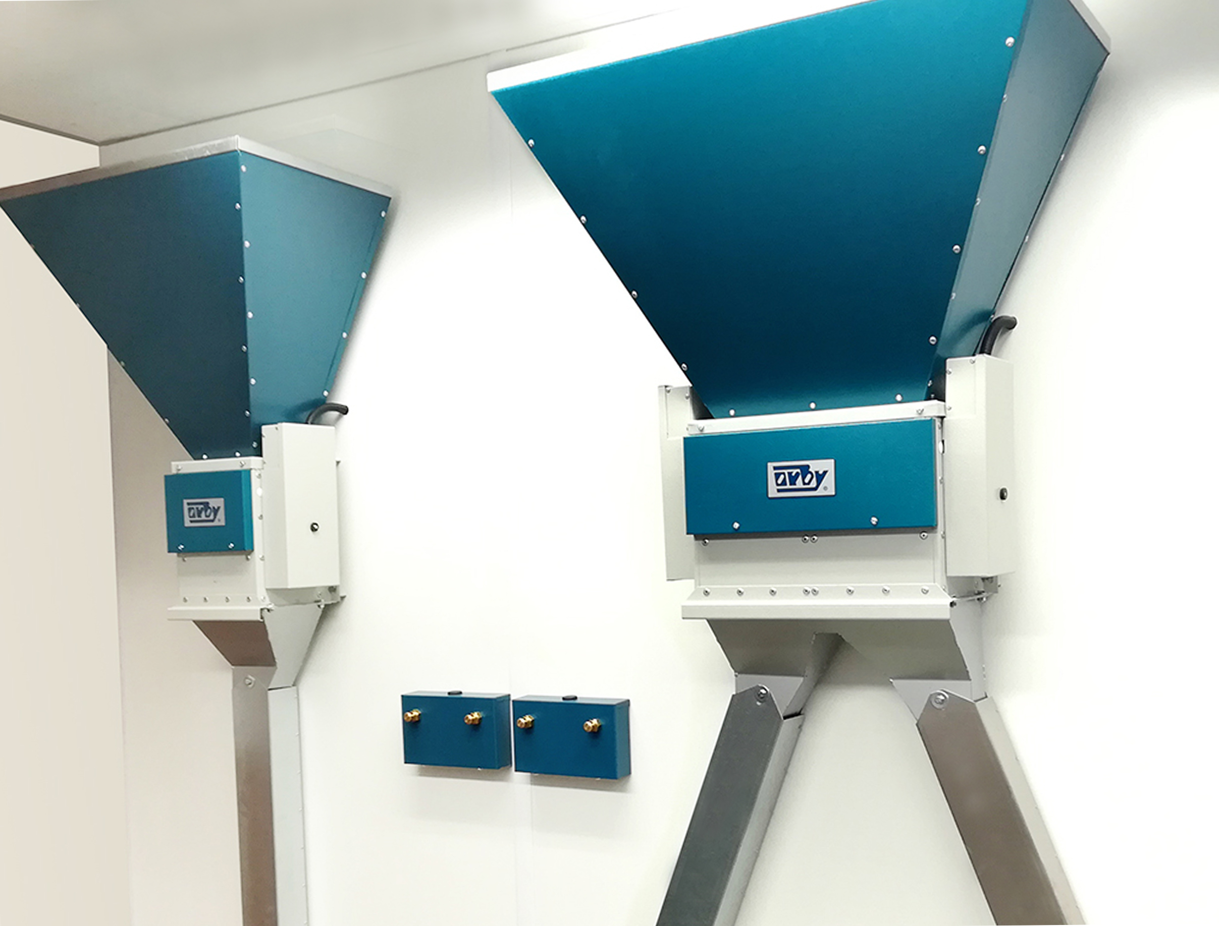Single & Double Chute Feeder Options_ In-Parlour Feeding System
